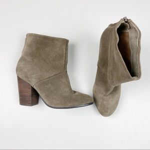 Aldo Ankle Brown Booties SIze 8.5